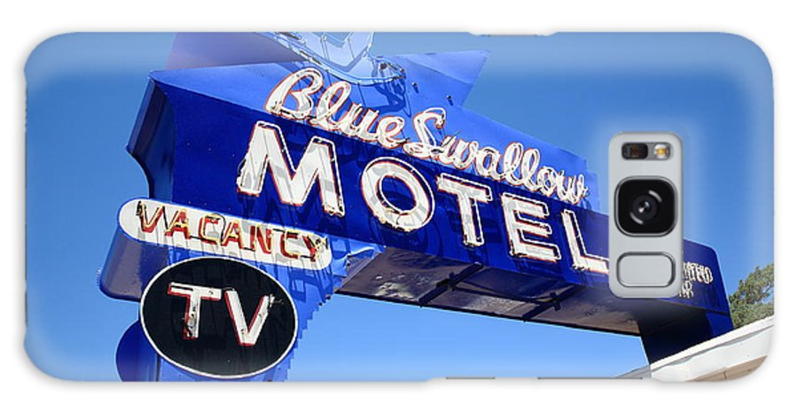 66 Galaxy S8 Case featuring the photograph Route 66 - Blue Swallow Motel by Frank Romeo
