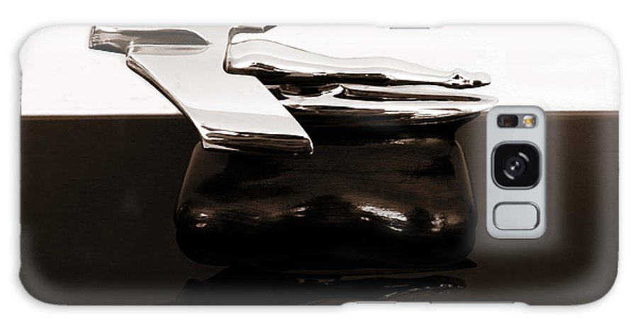 1950s Galaxy S8 Case featuring the photograph 1950s Nash Hood Ornament 2 by Marilyn Hunt