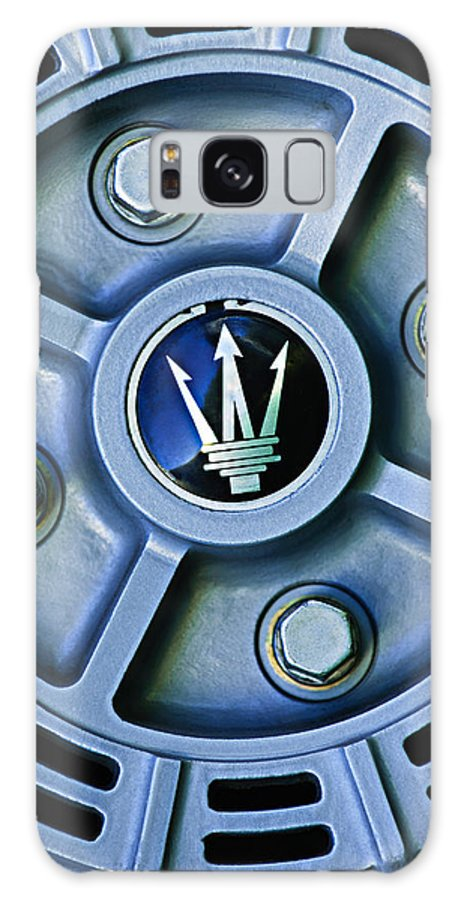 1974 Maserati Merak Wheel Emblem Galaxy S8 Case featuring the photograph 1974 Maserati Merak Wheel Emblem by Jill Reger