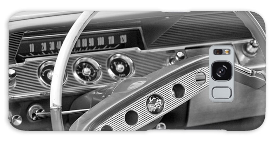 1961 Chevrolet Impala Ss Steering Wheel Emblem Galaxy S8 Case featuring the photograph 1961 Chevrolet Impala Ss Steering Wheel Emblem by Jill Reger