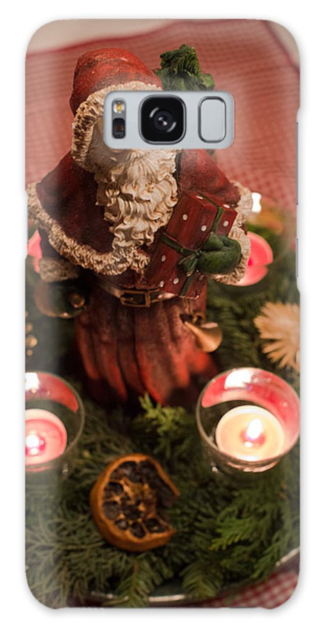 Advent Galaxy S8 Case featuring the photograph Advent Wreath by Frank Gaertner