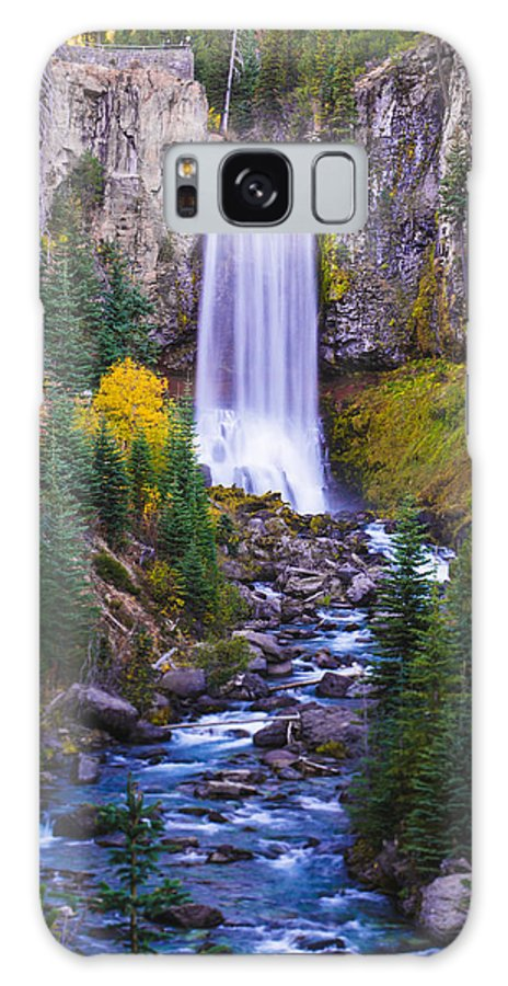 Tumalo Galaxy S8 Case featuring the photograph Autumn At Tumalo Falls by Rachel Pilling