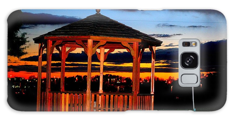 Sunset Galaxy S8 Case featuring the photograph Gazebo At Sunset by William Copeland