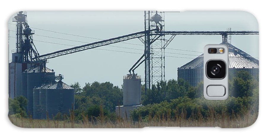 Grain Elevator Galaxy S8 Case featuring the photograph Grain Elevator by Linda Gonzalez
