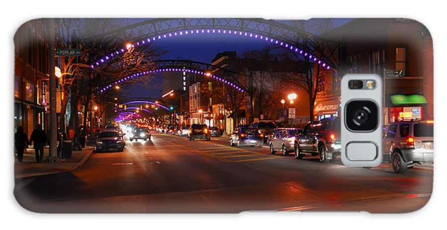 Short North Galaxy S8 Case featuring the photograph D8l-353 Short North Gallery Hop Photo by Ohio Stock Photography
