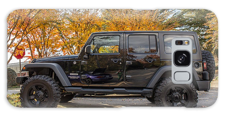 A 2014 Jeep Wrangler Sport With Nitto Extreme Terrain Tires. Fall Galaxy S8 Case featuring the photograph 2014 Jeep Wrangler Sport by Robert Loe