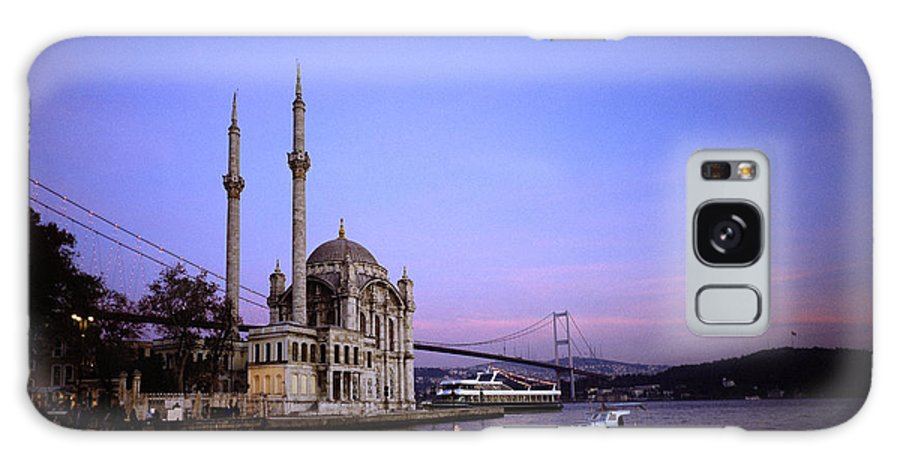 Istanbul Galaxy S8 Case featuring the photograph Ortakoy Mosque by Shaun Higson