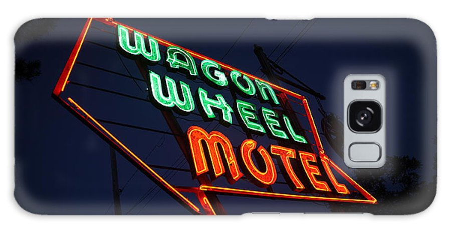 66 Galaxy S8 Case featuring the photograph Route 66 - Wagon Wheel Motel by Frank Romeo