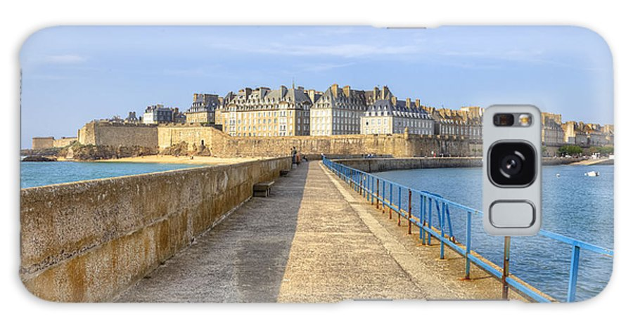 City Galaxy S8 Case featuring the photograph Saint-malo - Brittany by Joana Kruse