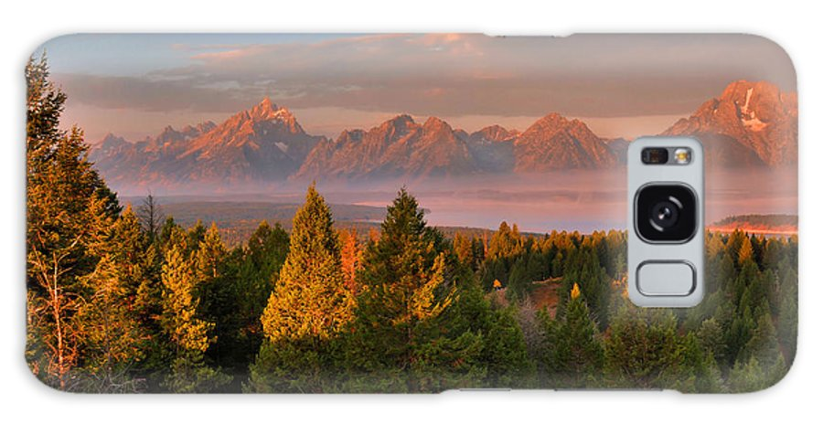 The Tetons Galaxy S8 Case featuring the photograph Signal Mountain Sunrise by Stephen Vecchiotti