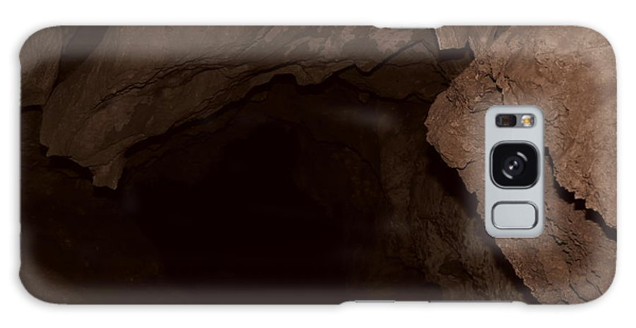 Cavern Galaxy S8 Case featuring the photograph Luray Cavern by S Blackhawk