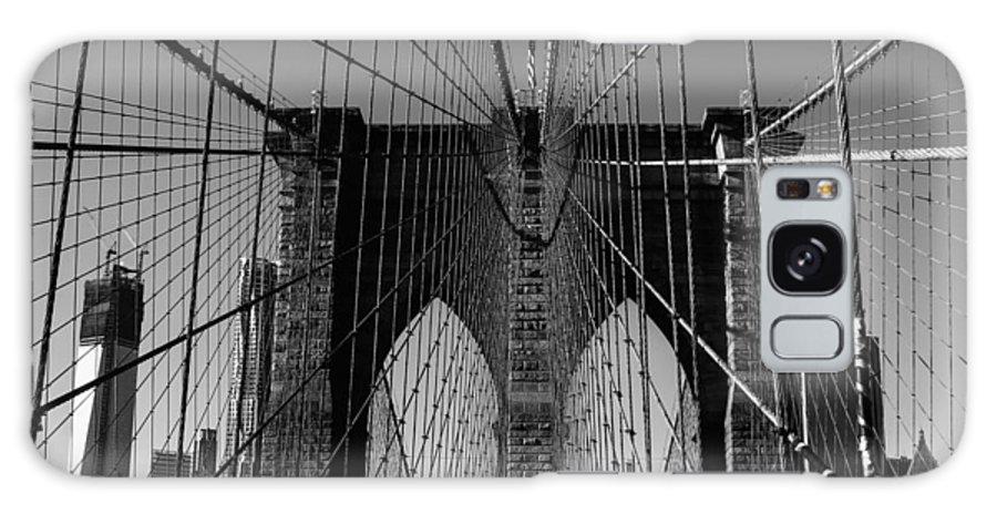 Brooklyn Bridge Galaxy S8 Case featuring the photograph Brooklyn Bridge by Georgina Gomez