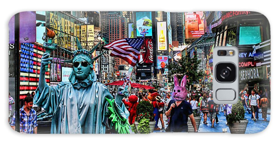 New York Galaxy S8 Case featuring the photograph Times Square On A Tuesday by Lee Dos Santos