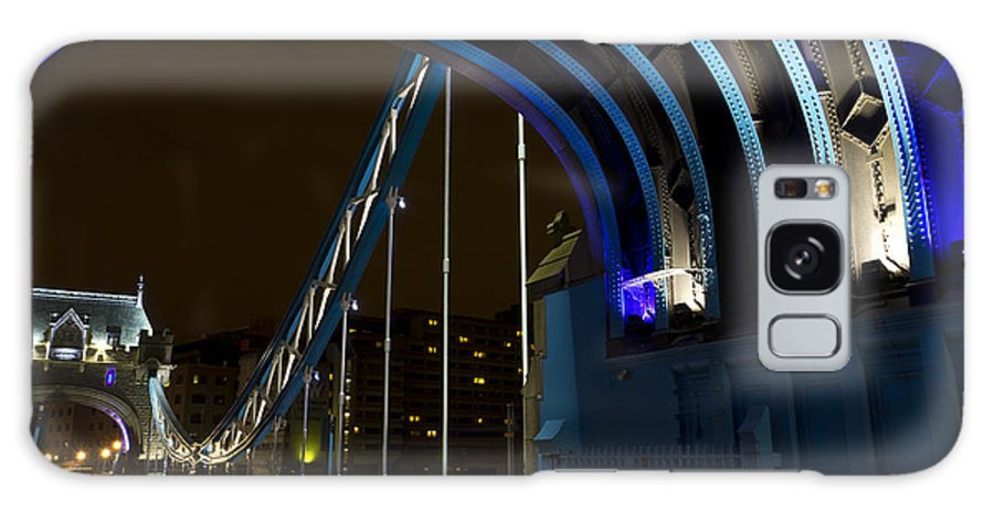 Tower Bridge Galaxy S8 Case featuring the photograph Tower Bridge London by David Pyatt
