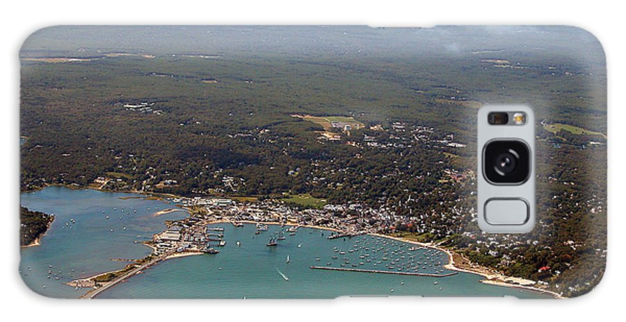 Galaxy S8 Case featuring the photograph Vineyard Haven by Richard Sherman
