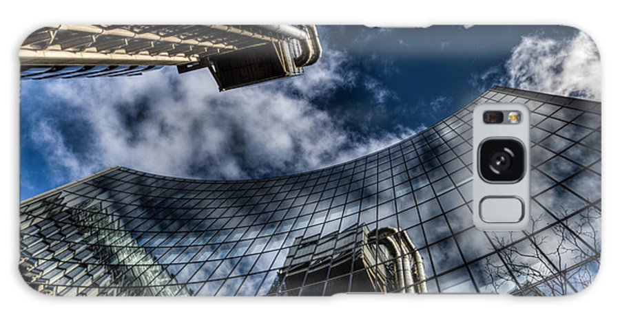 Lloyds Of London Galaxy S8 Case featuring the photograph Willis Group And Lloyd's Of London by David Pyatt