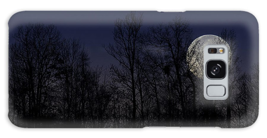 Full Moon Galaxy S8 Case featuring the photograph Full Moon Setting by Thomas R Fletcher