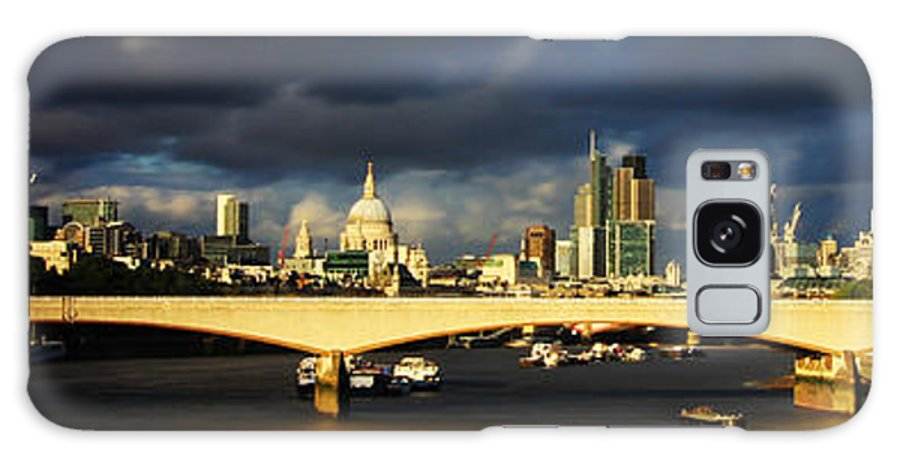 Cityscape Galaxy S8 Case featuring the photograph London Skyline Waterloo Bridge by David French