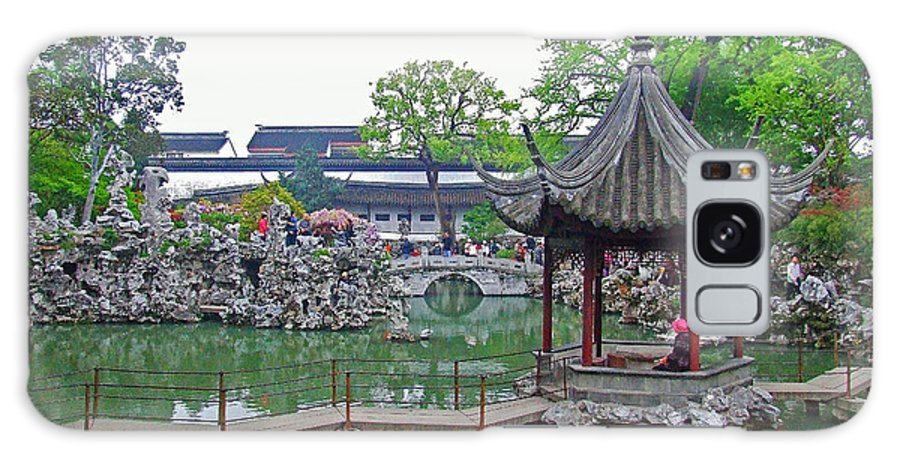 Chinese Garden Galaxy S8 Case featuring the photograph A Beauty In The Pagodo-china by Bai Qing Lyon