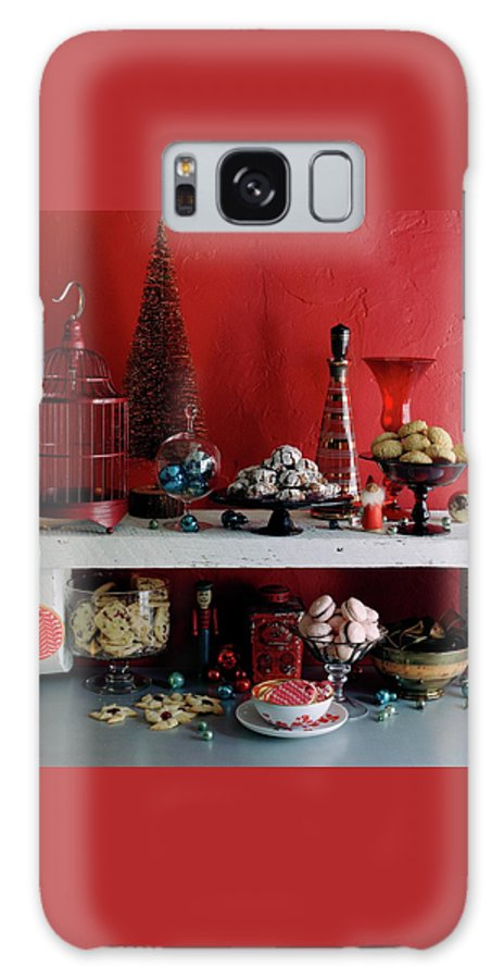 Cooking Galaxy S8 Case featuring the photograph A Christmas Display by Romulo Yanes
