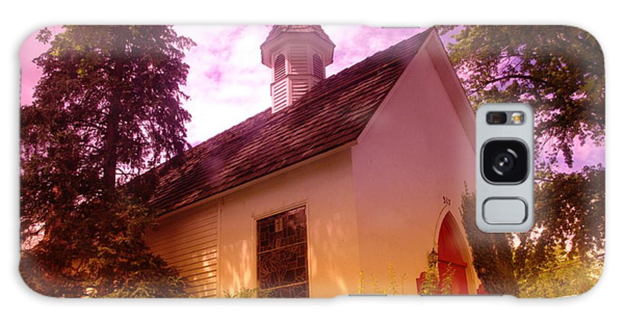 Churches Galaxy S8 Case featuring the photograph A Church In Prosser Wa by Jeff Swan