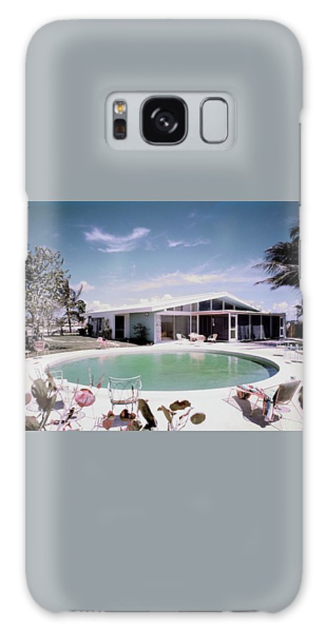 Miami Galaxy Case featuring the photograph A House In Miami by Tom Leonard