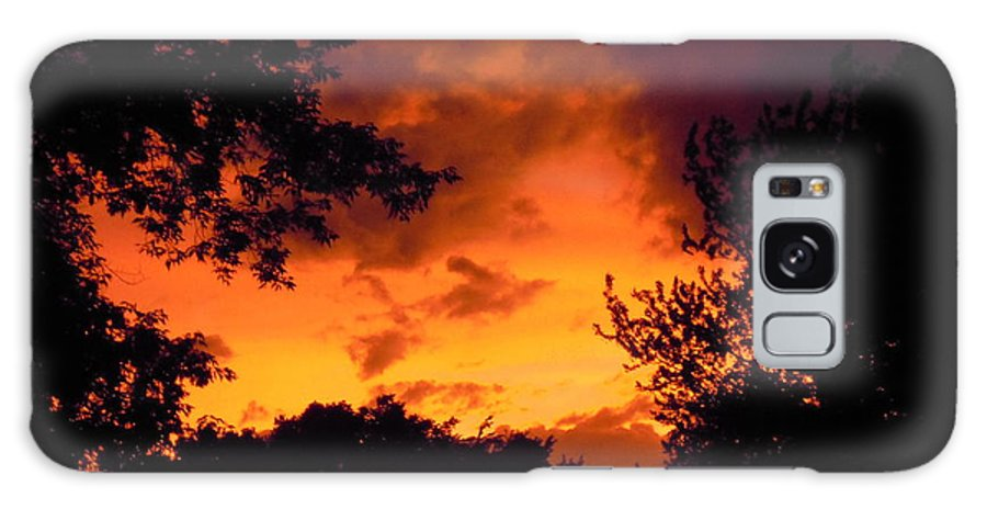 Minnesota Galaxy S8 Case featuring the photograph A Minnesota Sunset by Laura Elder