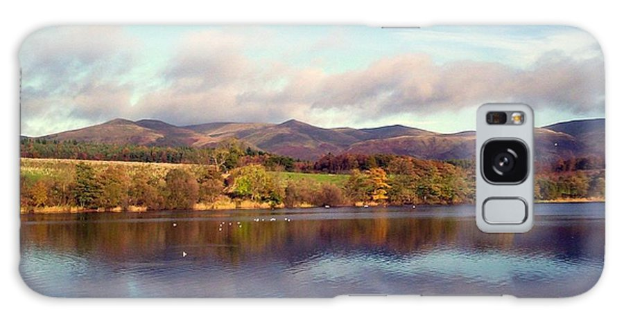 Gartmorn Dam Galaxy S8 Case featuring the photograph A Scottish View by Bill Lighterness