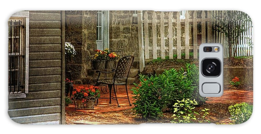 Architecture Galaxy S8 Case featuring the photograph A Seat In The Shade by Lois Bryan