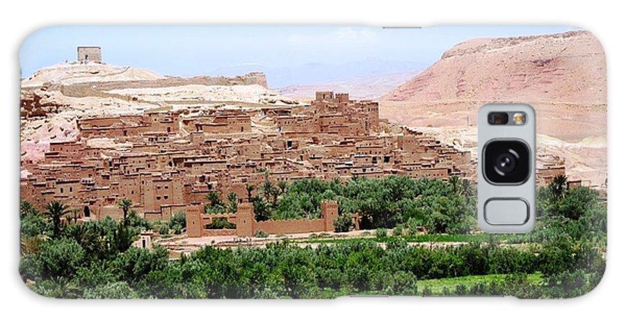 Morocco Galaxy S8 Case featuring the photograph Ait Ben Haddou 4 by Teresa Ruiz