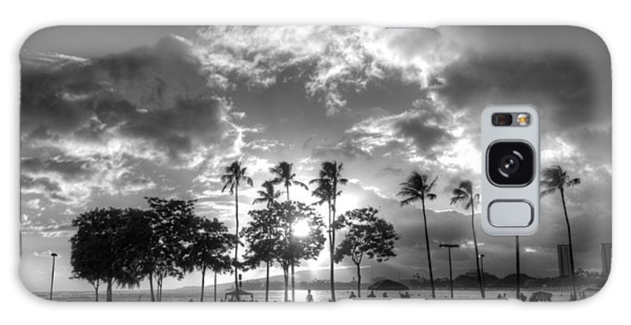 Ala Moana Galaxy S8 Case featuring the photograph Ala Moana Beach Park by Tin Lung Chao
