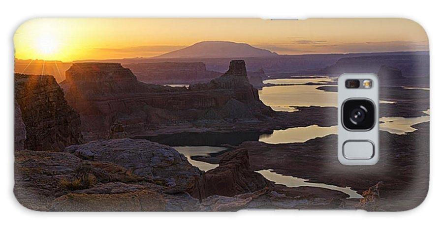 Sunrise Galaxy S8 Case featuring the photograph Alstrom Point Sunrise by Saija Lehtonen