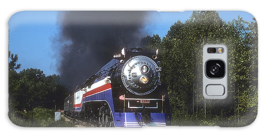 Trains Galaxy S8 Case featuring the photograph American Freedom Train by John Dziobko