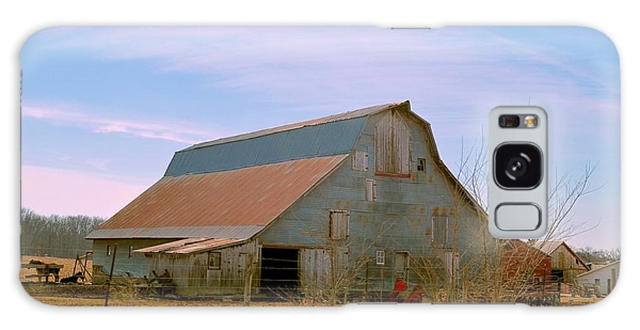 Rustic Galaxy S8 Case featuring the photograph Amish Metal Barn by Bonfire Photography