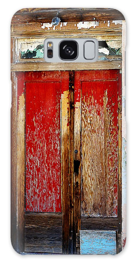 Door Galaxy S8 Case featuring the photograph An Old Red Door by Phyllis Denton