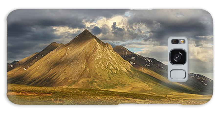 Canada Galaxy S8 Case featuring the photograph Angelcomb Mountain Lit By Late by Robert Postma