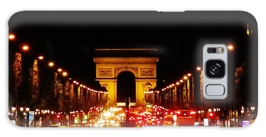 Arc De Triomphe At Night Galaxy S8 Case featuring the photograph Arc De Triomphe At Night by John Malone