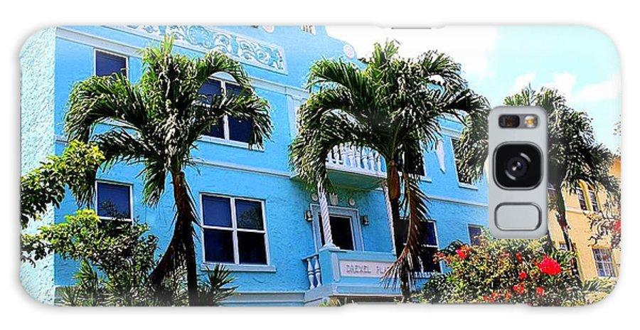 Art Deco Hotel In Miami Beach - Art Deco - Miami Hotels - Landscapes - Florida Galaxy S8 Case featuring the photograph Art Deco Hotel In Miami Beach by Dora Sofia Caputo Photographic Design and Fine Art