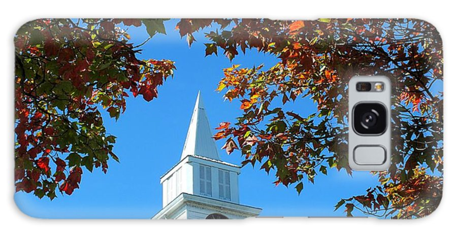 New England Galaxy S8 Case featuring the photograph Autumn Steeple by Gene Cyr