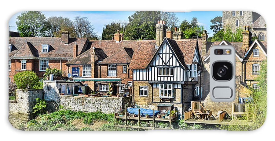 Aylesford Galaxy S8 Case featuring the photograph Aylesford Village by Paul Taylor