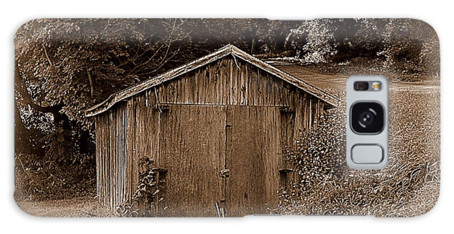 Vintage Buildings Galaxy S8 Case featuring the photograph Back In Time by Rennae Christman
