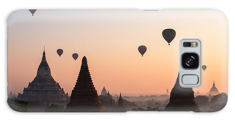 Dawn Galaxy S8 Case featuring the photograph Ballons Over The Temples Of Bagan At Sunrise - Myanmar by Matteo Colombo