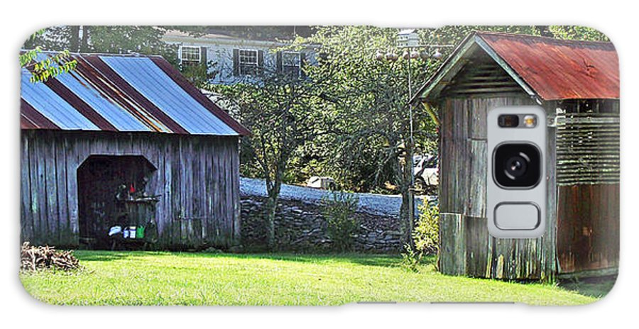 Barns Galaxy S8 Case featuring the photograph Barn And Chicken Coop by Duane McCullough