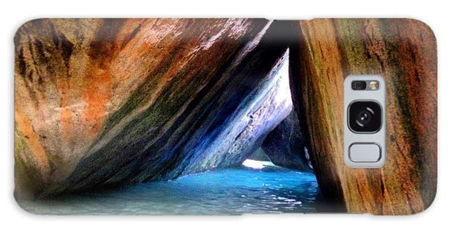 Baths Galaxy S8 Case featuring the digital art Baths In Virgin Gorda by Duncan Molesworth