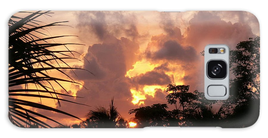 Photos Galaxy S8 Case featuring the photograph Belizean Sunset by Susanne McMillan