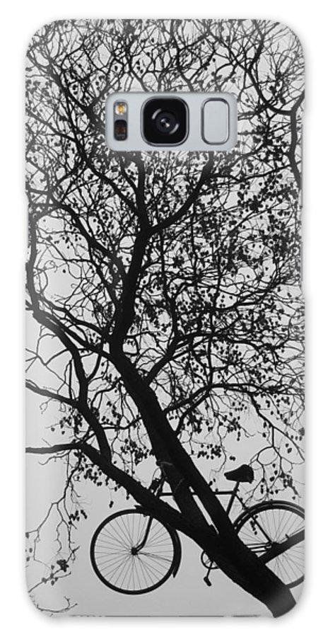 Black Galaxy S8 Case featuring the photograph Bike Love by Borna Bursac