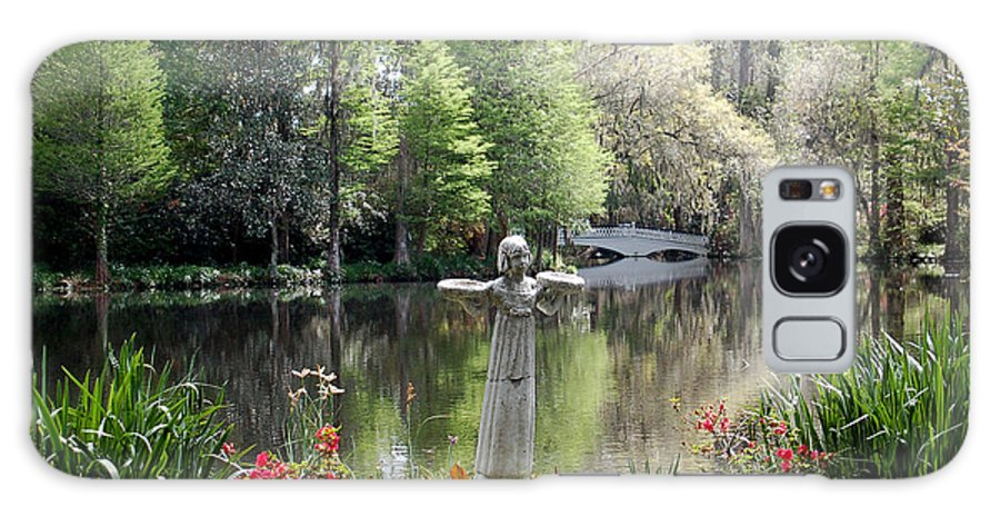 Bird Girl Galaxy S8 Case featuring the photograph Bird Girl Of Magnolia Plantation Gardens by Suzanne Gaff
