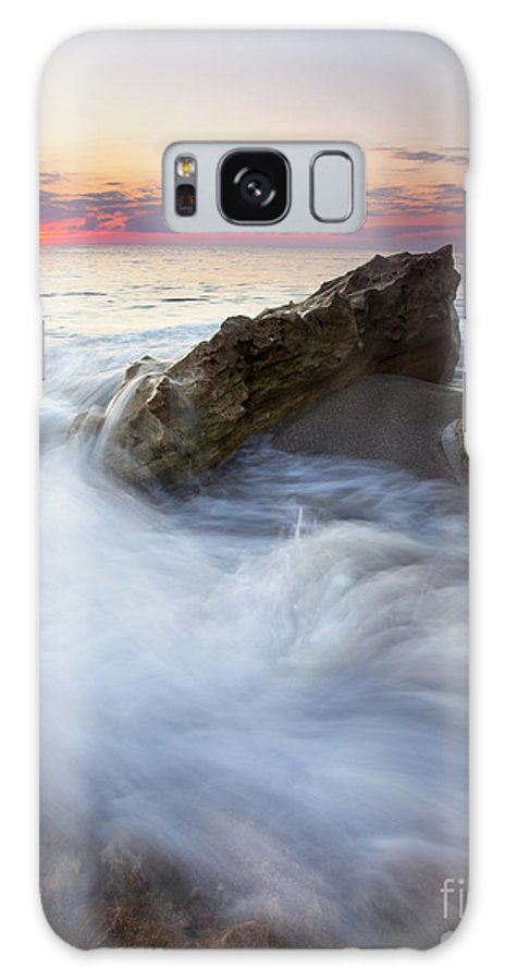 Blowing Rocks Galaxy S8 Case featuring the photograph Blowing Rocks Sunrise by Mike Dawson