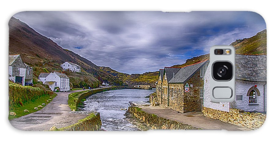 Boscastle Harbour Galaxy S8 Case featuring the photograph Boscastle Harbour by Chris Thaxter
