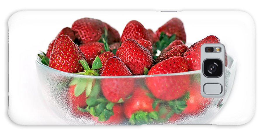Photography Galaxy S8 Case featuring the photograph Bowl Of Strawberries by Kaye Menner